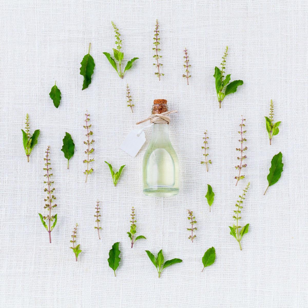 Quelles précautions prendre quand on utilise les huiles essentielles ?